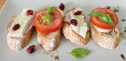 Best Crostini Toppings Recipes: Fabulous Snack, Entree and Party Food