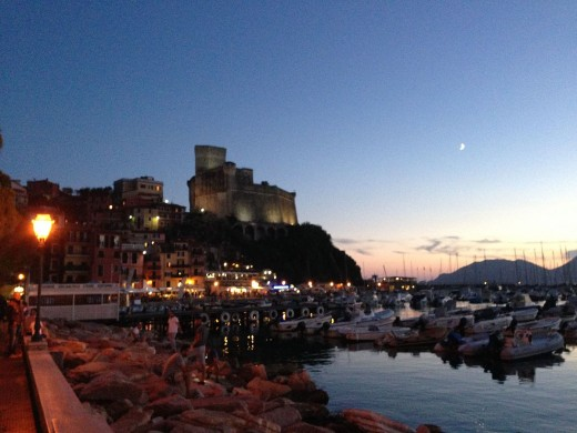 Lerici, castle in the background