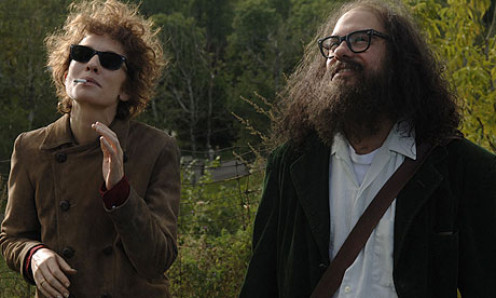 Blanchett as Jude Quinn (left) and David Cross as Allen Ginsberg