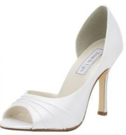 Incredible White Pumps Shoes 520 x 556 · 16 kB · jpeg
