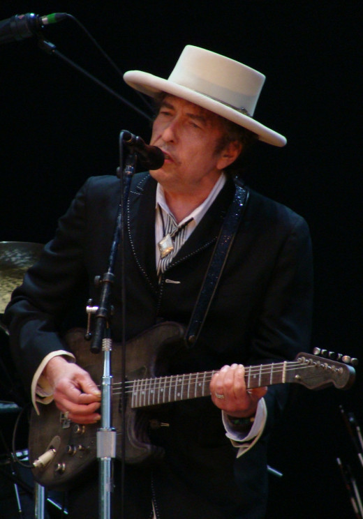 Dylan onstage at Azkena Rock Festival, Spain, June 26, 2010