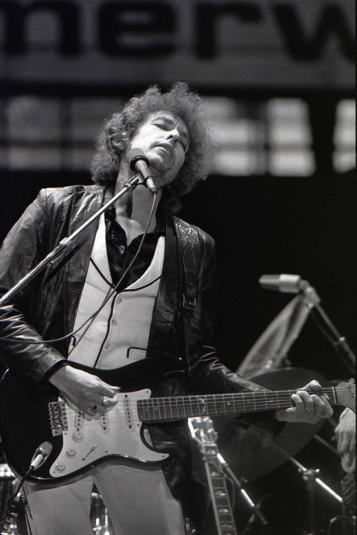 Dylan performing in the Feyenoord Football Club Stadium, Rotterdam, June 23, 1978
