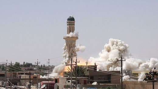 Mosque being destroyed by ISIS