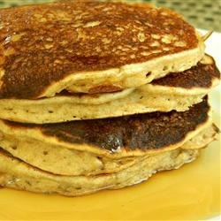 Whole Grain Banana Pancake