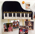DIY: Piano Photo Display Made From Clothespins