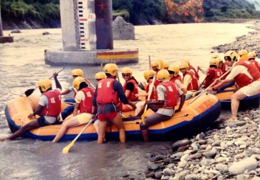 White river rafting expedition lasted for 36 miles.  After 18 miles we stopped for a picnic on the riverside, then continued on the rest of the journey.  Although it was tumultuous at times, with one of the participants losing her glasses, and anothe