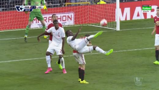 Benteke super strike against Man Utd