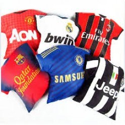 Why many like to wear football jersey?