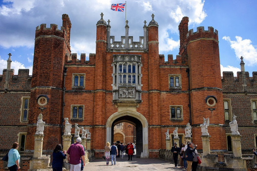 Haunted Places in London; Hampton Court Palace