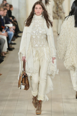 Hot Winter White  Fashion Trend For 2016