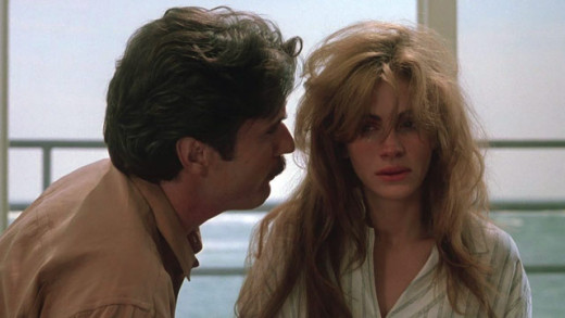 "Julia Roberts and Patrick Bergin in ""Sleeping With The Enemy"""