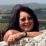 Lynda Panther profile image