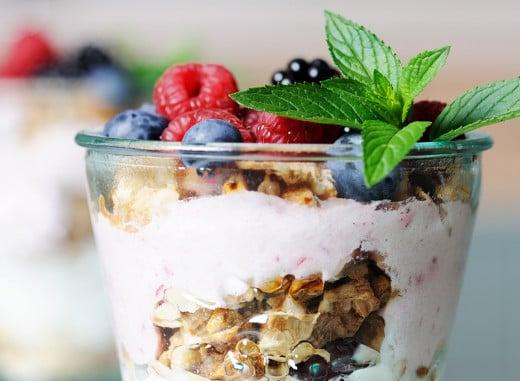 Greek Yogurt Parfait with Fruits and Pecans