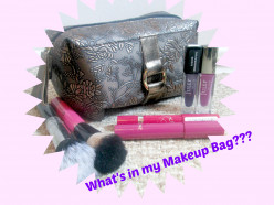 Makeup Bag VS Travelling Makeup Bag!
