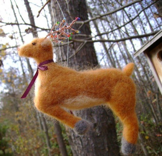 Needle Felting a Reindeer Christmas Tree Ornament