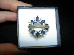 Give Her Sapphire and Diamond Jewelry She Will Cherish Forever