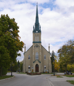 catholic singles in elora Ave maria singles is a safe haven for catholic singles who realize that finding someone who believes 100% of what the church teaches and desires to live it is no easy task.