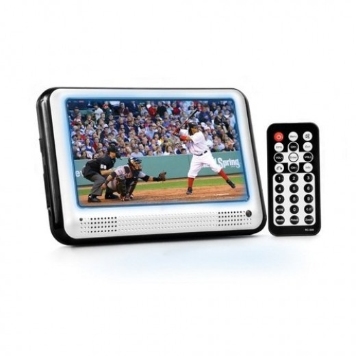 CTA Digital TV-P7 7-Inch Portable LCD TV