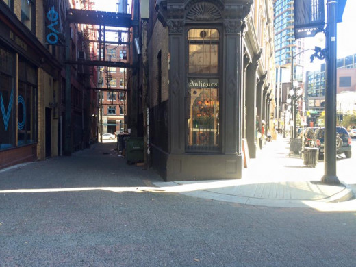 Alley and Antique Shop in Gastown