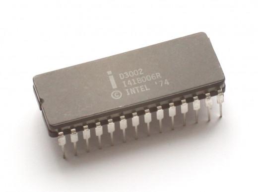 8085 microprocessor chip