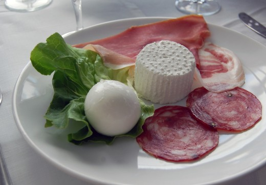 Typical Tuscan antipasti offerings