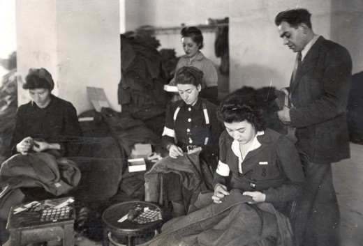 Jews sewing uniforms for German Army. Source: Yad Vashem Photo.