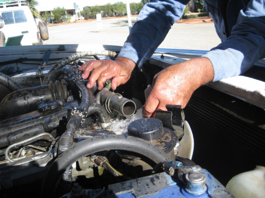 Learning how to fix your car will save you a fortune over the years !
