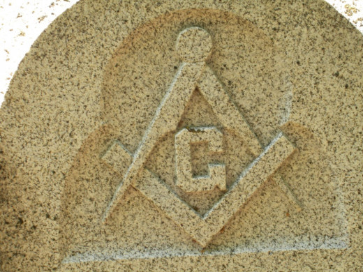 Masonic symbols, clearly visible on this headstone