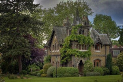 Dread at Manor Calashdyr: an original Fantasy Murder Mystery