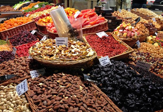 Nuts, spices and preserved fruits