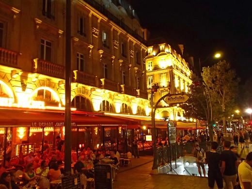 Restaurant Le Depart Saint Michel across from Saint Michel Metro.