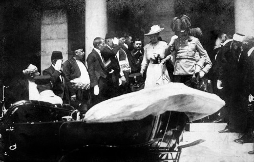 Franz Ferdinand and Sophie a few minutes before the assassination, the last original picture depicting them.