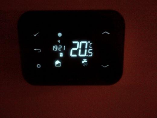 IT500 Room Thermostat