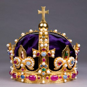 Tudor crown.