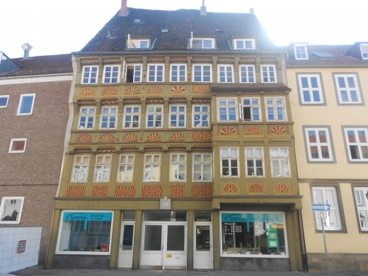 The Oldest Family House | The Red Thread | Hannover, Germany