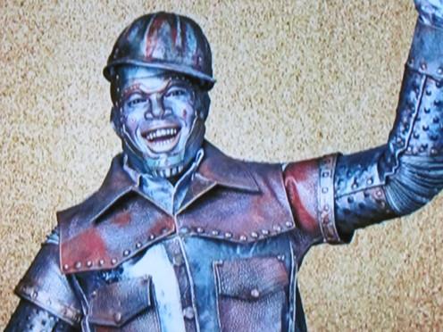 Ne-Yo, plays the Tin Man