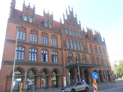 The Old Town Hall | The Red Thread | Hannover, Germany