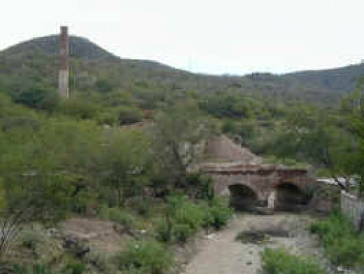 El Triunfo, showing old smelter and Britsh-built chimney