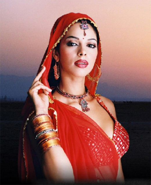 bollywood actress mallika sherawat wallpaper and photo gallery