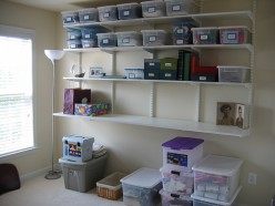 Types of Rubbermaid Clear Plastic Storage Bins