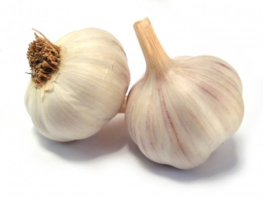 Garlic works well to cure yeast infections naturally