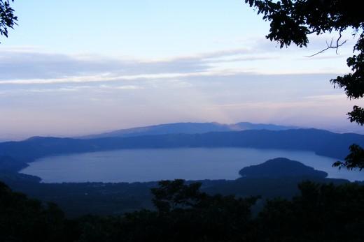 photo credit: Lago de Coatepeque via photopin (license)