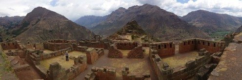 The ruins of Pisac (or P'isaq in the language of the Inca called Quechua )