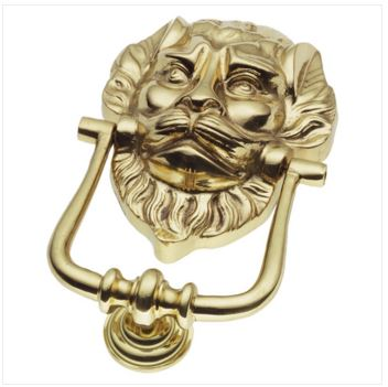 The lion's head door knocker was designed in the Middle Ages with a view to warding off evil spirits.