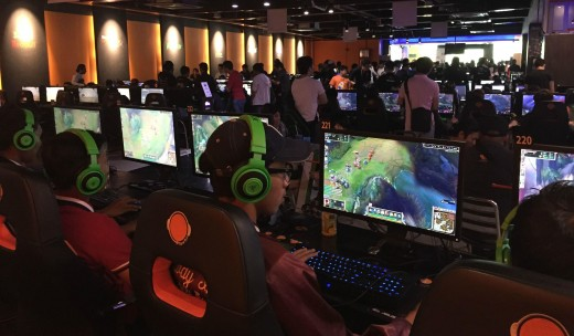 People attend this tournaments in the thousands!