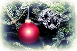 The History of the Christmas Kissing Ball