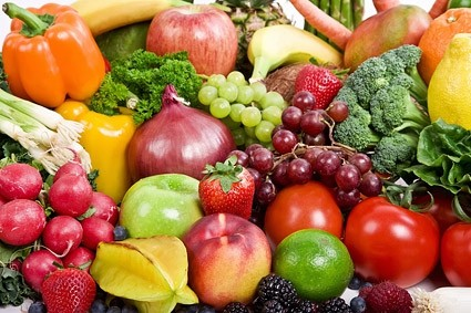 Fruits, vegetables and protein loaded food will help improve your vision