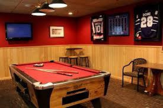 Champs Lounge has a true sports bar feel, with pool tables and Canadian sports memorabilia on the walls.