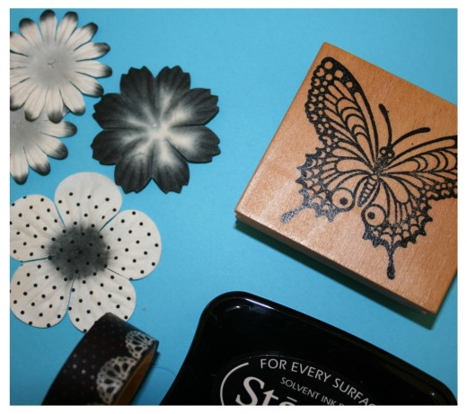 Add a butterfly art print and fabric flowers to your greeting cards