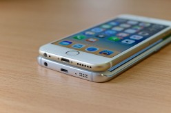 Could Future Apple iPhones Have OLED Displays That Bend?